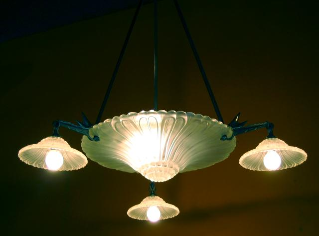French art deco Chandelier, 1926-30 by Pierre d'Avesn.