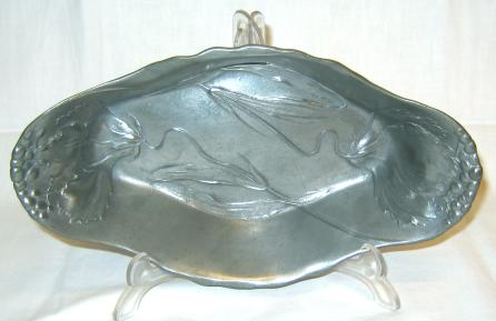 Jugendstil Tray by Osiris.