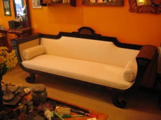 Art deco couch.