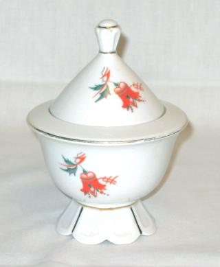 Art Deco Porcelain Lidded Box.