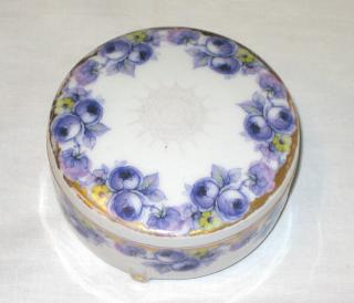 Porcelain Box.