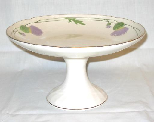 Cake Stand by Villeroy & Boch.